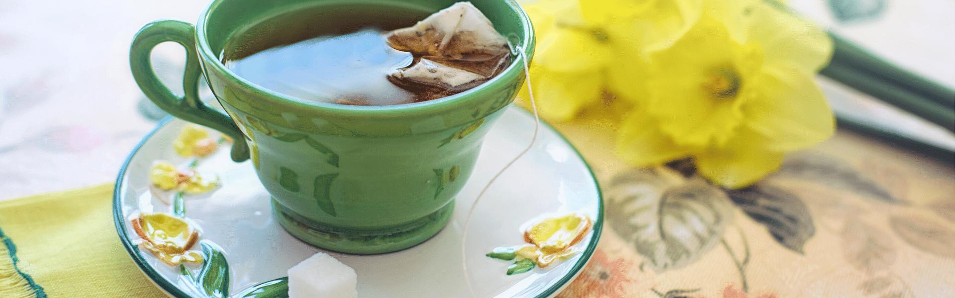 Welches ist besser, um grünen oder roten Tee zu verlieren