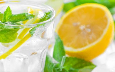 Zitronen-Honig Getränk